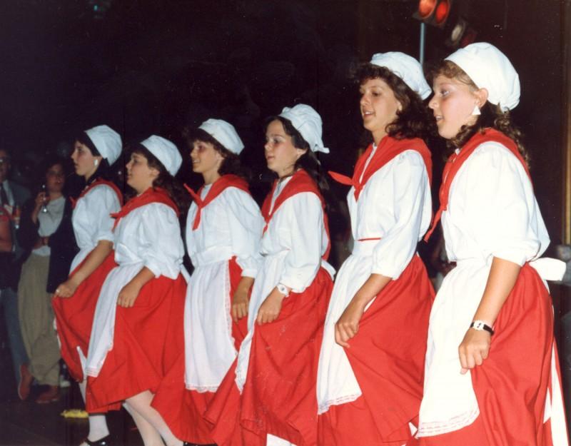 jeunes-danceuses-acadiennes