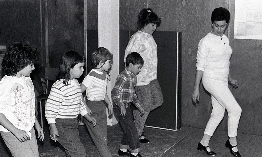 Children-danceclass
