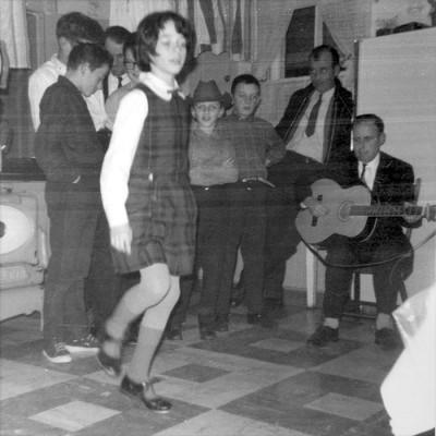 helen-young-dancing
